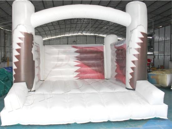 castillo de salto inflable blanco