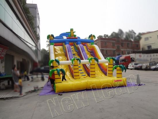 Dino doble tobogán inflable